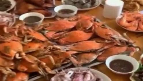 我太难了,天天吃海鲜,能不能给我做点儿青菜吃