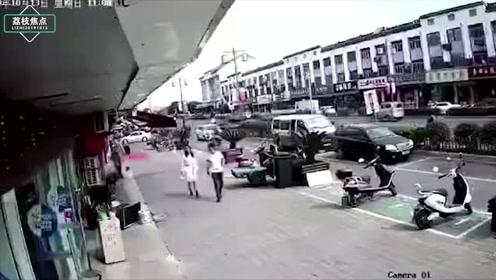 江苏无锡一小吃店发生爆炸,15人送医,6人经抢救无效死亡
