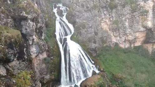 """中国最""""诡异""""瀑布, 下暴雨就会出现美丽的新娘, 这里被列为禁地!"""
