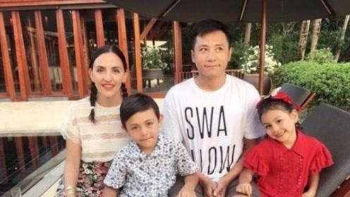 他曾是谢娜的男朋友,却和一个外国人结婚,9岁混血儿子曝光