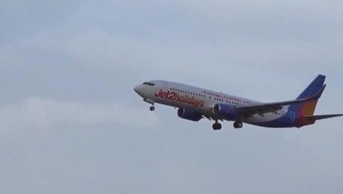 飞行员果断拉升复飞,实拍客机一次惊险的侧风降落