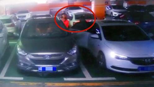 监控曝光!女子地下停车库遭口罩男子强行拽上车