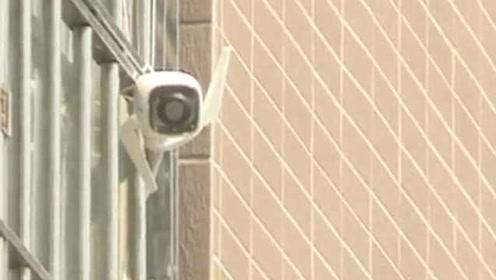 女子投诉邻居装监控正对着拍:停车产生矛盾,怀疑偷拍报复