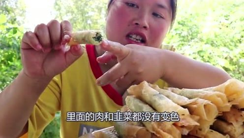 胖妹做菜分量可真足,满满一碗脸都快被遮住了,左右开弓吃欢了