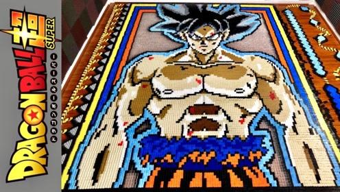 老外用6万块多米诺骨牌做超级赛亚人,推倒第一块的瞬间,下一秒画面别眨眼