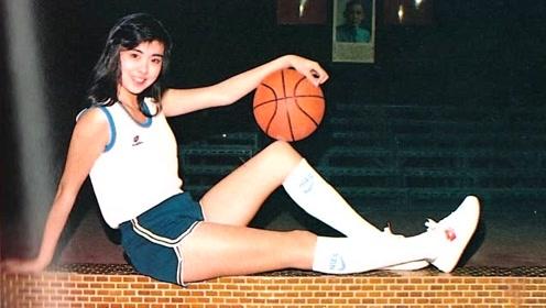 真人版赤木晴子!王祖贤昔日打篮球旧照曝光 修长美腿吸睛