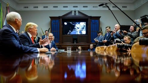 美国完成首次全女性太空行走 特朗普祝贺却被纠正错误