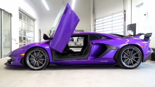 兰博基尼紫色大牛,看着都是动心的感觉!