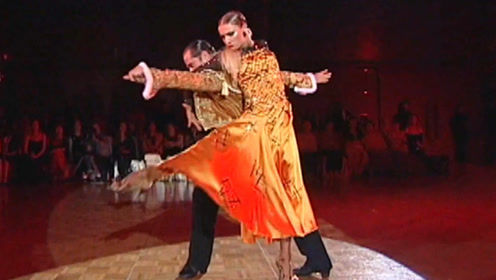 Riccardo & Yulia东京巨星表演秀—斗牛!