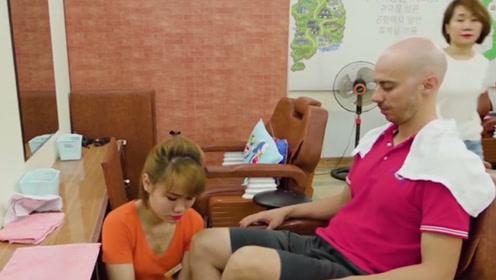 为何男游客去越南旅游,排队等候也要理发?看完明白了