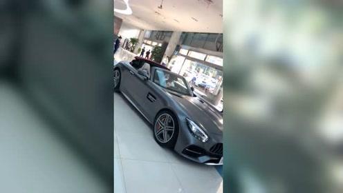 奔驰AMG GT的这个颜色真酷!