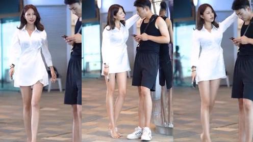 白色的气质衬衫裙,时尚干练,展现小姐姐简单独特的气息!