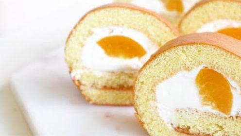 如何制作美味的桃子蛋糕?新鲜桃子肉结合奶油,创出新美味!