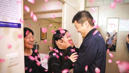 李亚鹏受访谈李嫣,用最好的方式证明她的存在,大赞女儿很完美