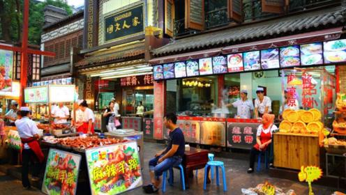 西安回民街将被取代,为何游客却纷纷叫好?当地人:自取灭亡
