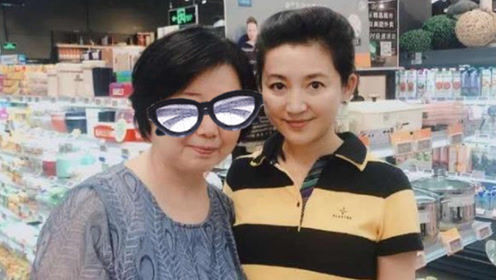王小丫淡出央视后被爆出近照,结婚两次的她,51岁还无儿无女