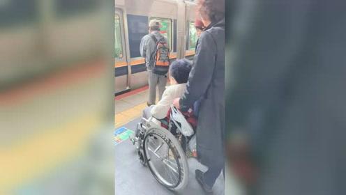 日本这进地铁的服务,你还满意吗?