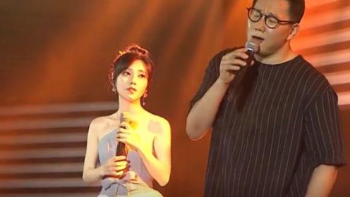 """冯提莫在韩国又火了,与韩国歌王同台演唱,开口就让韩粉""""沦陷"""""""