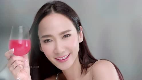 泰国惊悚反转片《什么都不能阻止女人爱美》