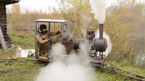 烧柴火的蒸汽火车,感受一下蒸汽火车的魅力