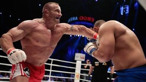 世界大力士征战MMA,打的对手无力反抗
