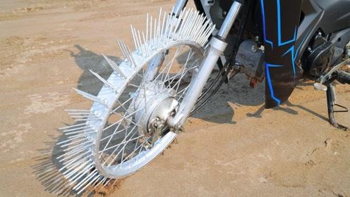 给摩托车装上100根钢钉会怎样?一脚油门下去,结果大开眼界!