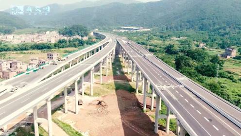 航拍今非昔比的广西高速,相比贵州和云南,你觉得广西如何?