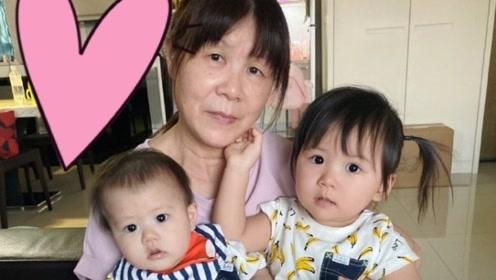江宏杰晒一双儿女萌照 姐弟俩穿同款香蕉装超可爱