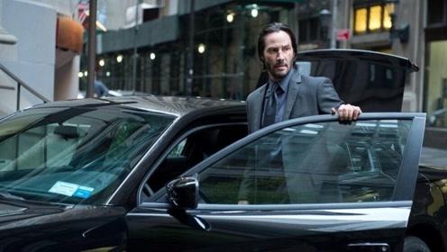 电影:顶级杀手住店,没想到却遭到暗杀,店家当场赔偿一辆跑车!