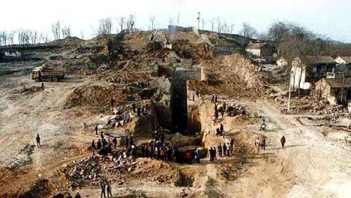 大山藏有千年大墓,专家花几十万寻找没结果,却被老农一句话找到