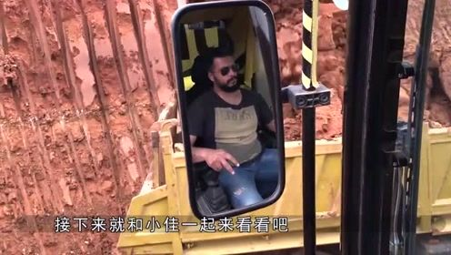 """挖掘机界""""传奇"""",中国小哥开挖掘机走钢丝!年薪370万值这个价"""