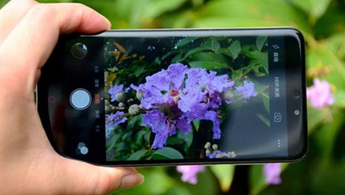 今天才发现,手机拍照打开这个功能,就能自带文字水印,方法简单