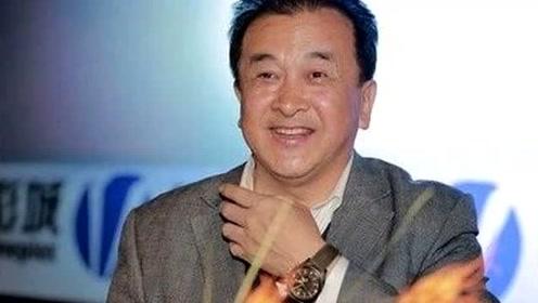 59岁著名笑星黄宏,隐藏30年的老婆,原来是我们熟悉的这位