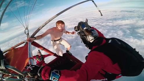 外国小伙万米高空不带降落伞跳下,落地完好无损,看着手心直冒汗