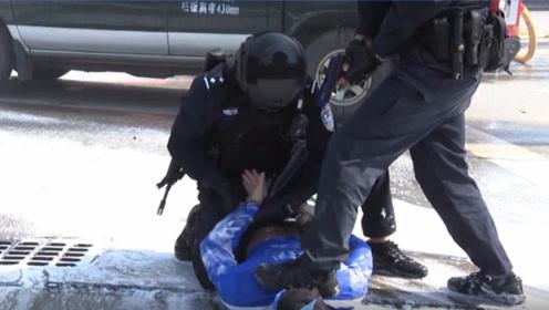 直击现场:广州今早举行反恐演练,近千人参加此演练