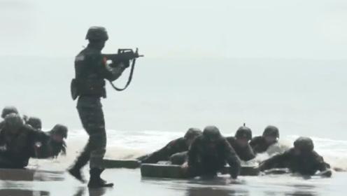 实拍中国武警选拔特战队员激烈现场!500人参加只有80人通过