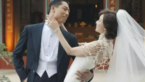 林志玲中日文双声紧拥AKIRA 甜蜜告白:我爱你