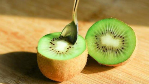 冬季宝宝嘴唇干裂吃什么好?常吃这3种水果,清肺热,促进肠胃蠕动