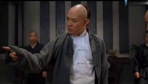 李连杰这一拳的力度,全世界恐怕只有泰森可以做到,功夫皇帝太猛