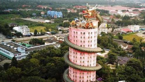 """泰国最出名""""龙庙"""":17层寺庙被""""巨龙""""缠绕,却禁止游客参观"""