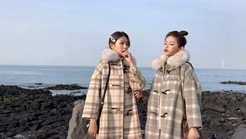 秋冬时尚潮流穿搭,少女感十足的毛领外套搭配,时髦减龄又气质