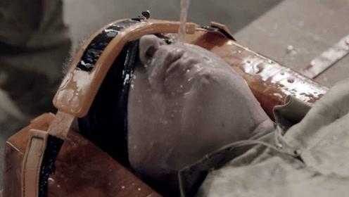 """古代的""""水刑""""有多可怕?老外作死亲身体验,隔着屏幕都觉得难受!"""
