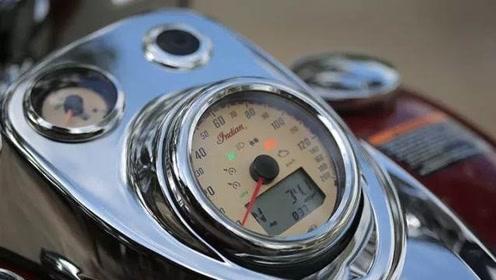 1811CC双缸的美式巡航!液晶仪表,自重332公斤,售价能买一辆3系