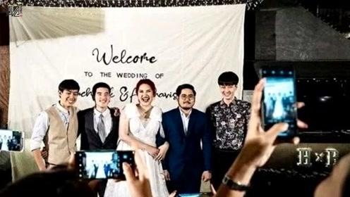 女子结婚邀请3名前任参加 带丈夫与前任拥抱合影