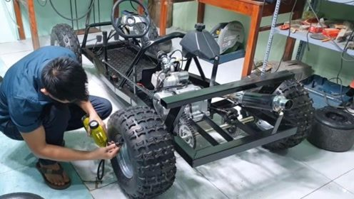 小伙发明了一台新能源汽车,不用加油就能行驶,速度还挺快