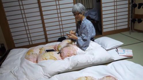 """日本不是没有床,为啥一定要""""打地铺""""?还不是为了安全!"""