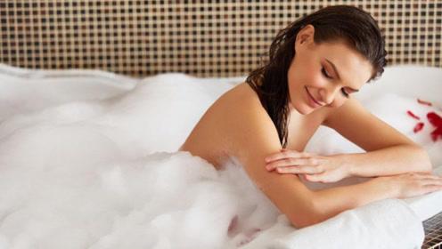 冬天多久洗一次澡最科学?很多人一直洗错了,难怪皮肤干又痒
