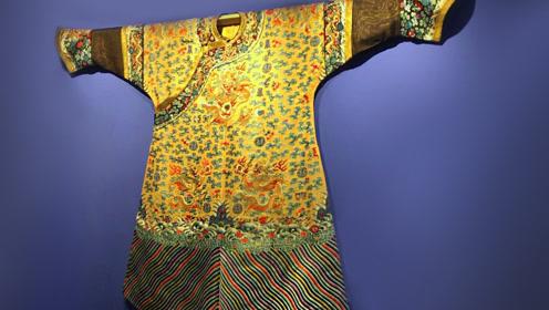 耗费160克黄金线缝制 慈禧这件女龙袍花了两年做完 网友:太败家了!