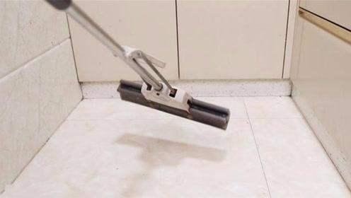 厨房地板怎么拖都不干净?走路总黏鞋!学学一招,地板干净不黏鞋