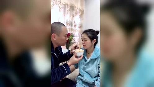 老婆怀双胞胎一个多月了,想吃什么我就做什么
